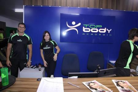 Academia Top Body