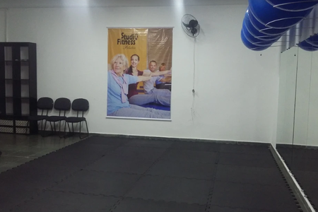 Studio Fitness Atividade Fisica e Saúde -