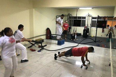 Estúdio Argola de Treinamento Físico e Lutas -