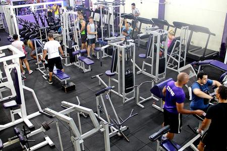 Academia Iron Fitness -
