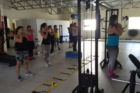 Pâmela Andrade Personal Trainer -
