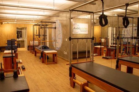 Studio Pilates Rosana Meneghetti - Unidade 1 -