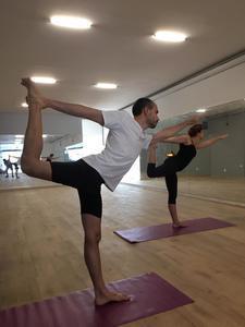 Hot Yoga 42 -