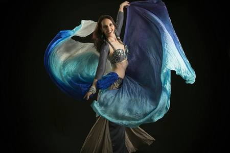 Estúdio de Dança do Ventre Letícia Zanezi -