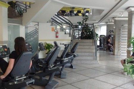Academia Via Fitness -