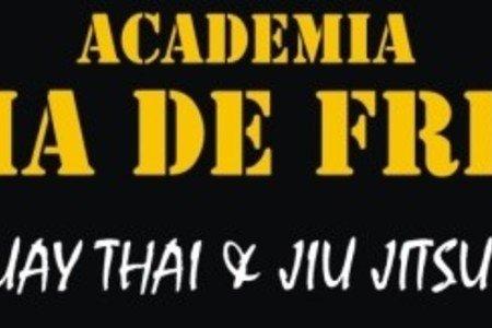 Academia Linha de Frente -