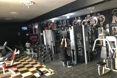 Strong & Fitness Gym -