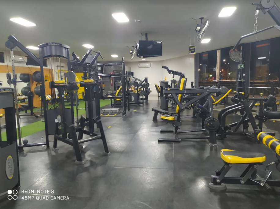 Academia 360 Studio Fitness - Candida Camara - Montes ...