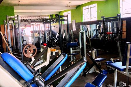 Academia Club Fitness
