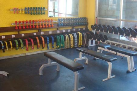 Academia Fitness Club -