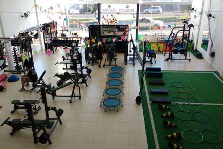 Academia Arena Fitness
