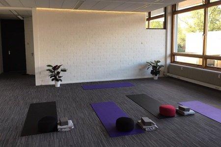 Sanata Yoga -