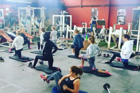 Megagym Fitness & Barbell Club -