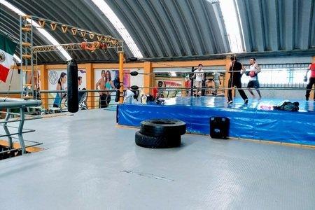 Cesar's Gym / Tecamac