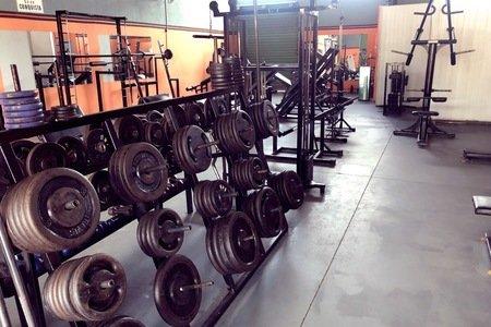 Academia Life Fitness